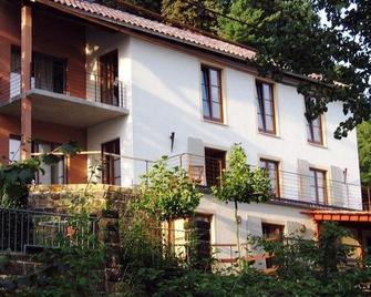 Hotel-Pension Villa Hennes - Pirna - Building