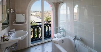 Hôtel Suisse - Nice - Bathroom