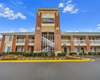 Extended Stay America - Washington, D.C. - Reston - Reston - Building