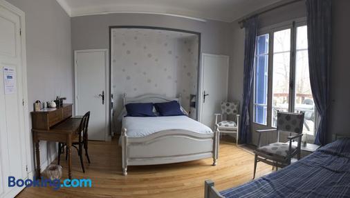 La Maison Blanche - Lorp-Sentaraille - Bedroom