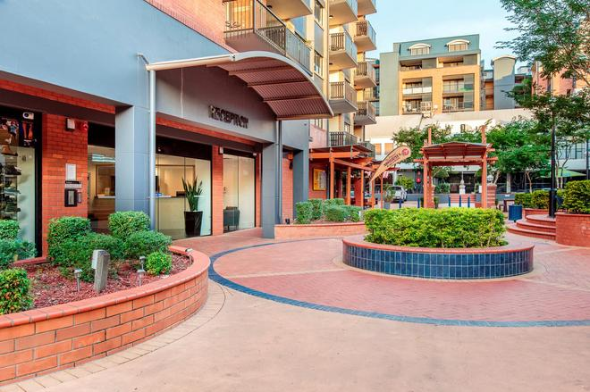 Central Brunswick Apartment Hotel - Brisbane - Rakennus