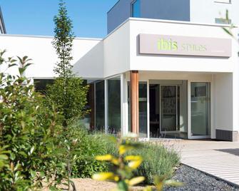 ibis Styles La Louvière - La Louviere - Building