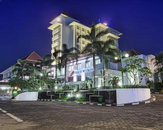 Sahid Jaya Hotel Solo - Surakarta City - Building