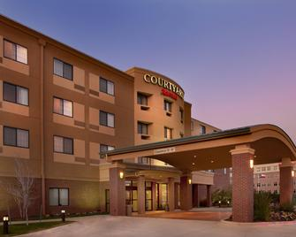 Courtyard by Marriott Denton - Denton - Building
