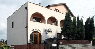Wine Pension Prague - Prag - Gebäude