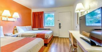 Motel 6 Venice, FL - Venice - Bedroom