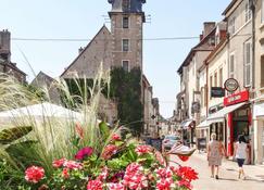Ibis Budget Nuits Saint Georges - Nuits-Saint-Georges - Udsigt