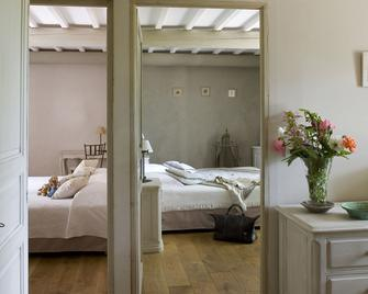 La Bastide de Voulonne - Cabrières-d'Avignon - Bedroom
