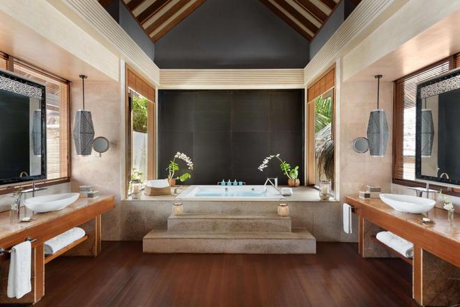 Shangri-La's Villingili Resort & Spa - Addu City - Bathroom