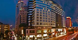 Davinci Hotel And Suites On Nelson Mandela Square - Sandton - Building