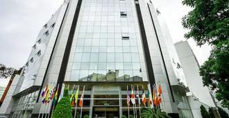 Jose Antonio Lima - לימה - בניין