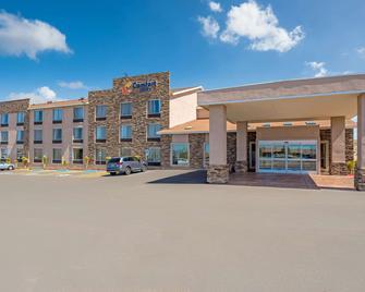 Comfort Inn - Tonopah - Building