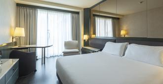 โรงแรมเดอะนิโคเลาส์ - บารี