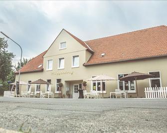 Hotel und Eventhaus Müggenkrug - Ольденбург