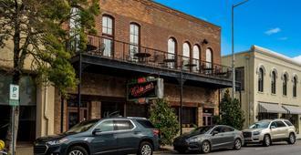 La Quinta Inn & Suites by Wyndham Meridian - מרידיאן