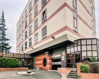 Mercure Cergy Pontoise Centre - Cergy - Building