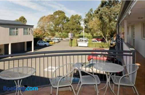Amalfi Motor Lodge - Christchurch - Balcony