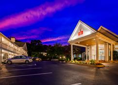 Best Western Plus Cold Spring - Plymouth - Bâtiment