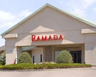Ramada by Wyndham Sterling - Sterling - Building