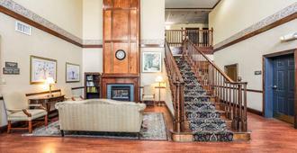 Econo Lodge Inn & Suites - Marianna - Aula