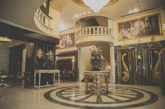 Queen's Suite Hotel - Βηρυτός - Σαλόνι ξενοδοχείου
