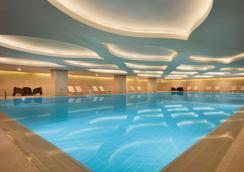 Tryp By Wyndham Izmit - İzmit - Pool