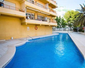 Holidays2roquedal - Torremolinos - Svømmebasseng
