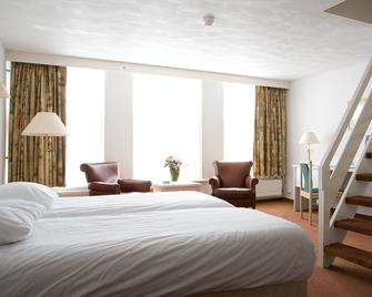Fletcher Hotel-Restaurant De Zalm - Брілле - Спальня