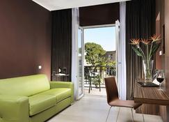 Hotel Isola Sacra Rome Airport - Fiumicino - Living room
