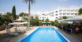 Gavimar Cala Gran Hotel and Apartments - Cala d'Or - Pool