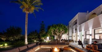 Minos Beach Art Hotel - אגיוס ניקולאוס (כרתים) - בר