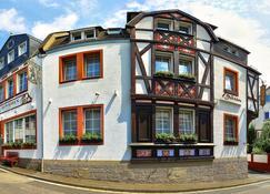 Hotel Zum Bären - Rudesheim am Rhein - Rakennus