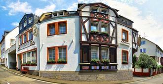 Hotel Zum Bären - רודסהיים אם ריין - בניין