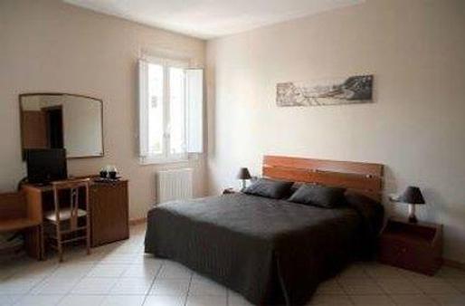 Albergo San Romano - Ferrara - Bedroom