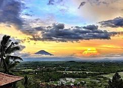 Villa Borobudur Resort - Borobudur - Extérieur