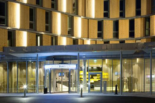 Comfort Hotel Bergen Airport - Bergen - Toà nhà