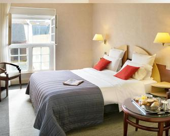 Best Western Poitiers Centre Le Grand Hotel - Poitiers - Bedroom