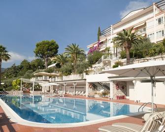 Hotel Villa Florida - Gardone Riviera - Svømmebasseng