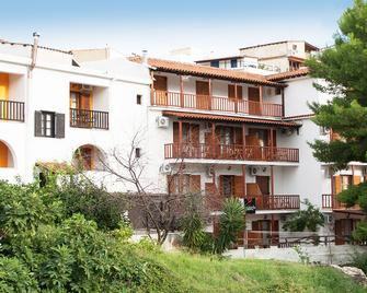 Pension Eliza - İskados - Bina