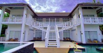 The Trawangan Resort - Pemenang - Edificio