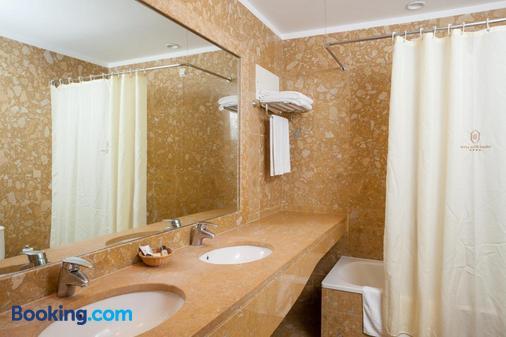 Hotel do Elevador - Braga - Phòng tắm