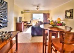 Cara Hotels Trinidad - Claxton Bay - Reception