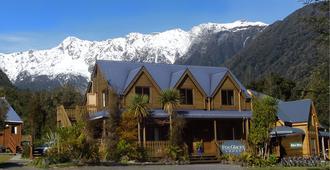 Fox Glacier Lodge - Fox Glacier - Building