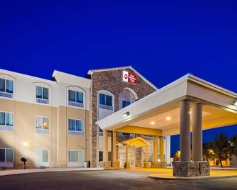 Best Western Plus Montezuma Inn & Suites - Las Vegas - Building
