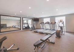 La Quinta Inn & Suites by Wyndham Austin Round Rock - Austin - Gym