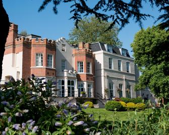 Taplow House Hotel - Мейденхед - Building