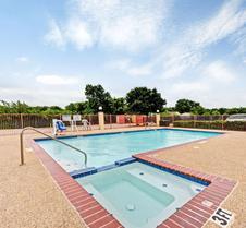 Days Inn by Wyndham Dallas South