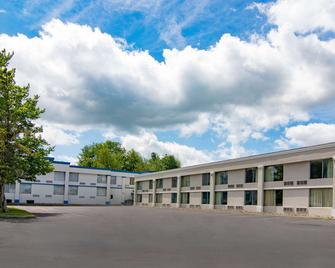 Motel 6 Clarion, Pa - Clarion - Gebäude