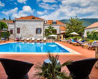Hotel Kazbek - Dubrovnik - Pileta
