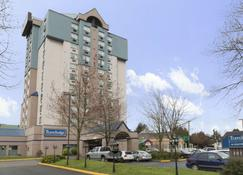 Travelodge Hotel by Wyndham Vancouver Airport - Richmond - Edificio